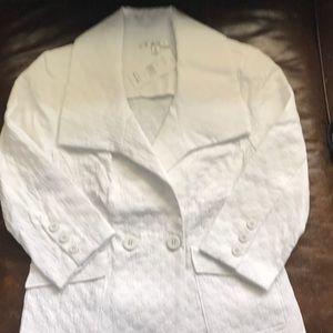 NWT Cabi Club Blazer in White~ size small